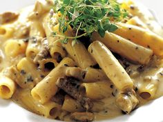 all recipes dishes Pasta Recipes, Beef Recipes, Cooking Recipes, Healthy Recipes, Food N, Food And Drink, Recipes From Heaven, Penne, Pasta Dishes