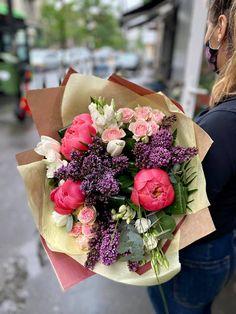 #peony #peonies #lilacs #bujori #liliac Lilacs, Peony, Table Decorations, Home Decor, Decoration Home, Room Decor, Lilac, Syringa Vulgaris, Peonies
