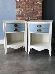 These nightstands are fabulous by Glen Cove Farm! Painted in MudPaint's China White and Suede Blue, the two colors were made for each other! Like them if you agree! #mudpaint #nightstands #paintedfurniture #furniture #white #blue #bedroom #vintagefurniture #furnituremakeover