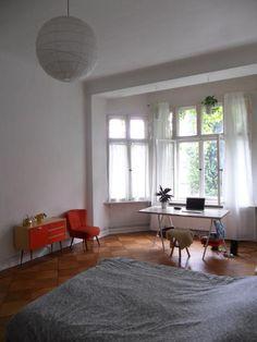 Schreibtisch Mit Schönem Ausblick Ins Grüne. So Arbeitet Man Doch Gern.  #Berlin #