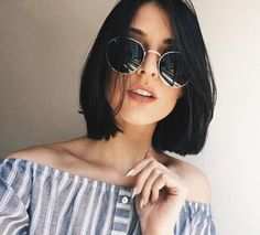 Short-Haircut-for-Round-Faces Latest Trendy Short Haircuts 2019 Medium Hair Cuts, Short Hair Cuts, Medium Hair Styles, Short Hair Styles, Haircut Medium, Summer Short Hair, Undercut Hairstyles, Easy Hairstyles, Straight Hairstyles
