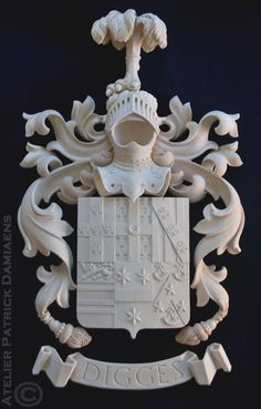 Digges family coat of arms | Family coat of arms carved in wood | Heraldic woodcarver | Patrick Damiaens