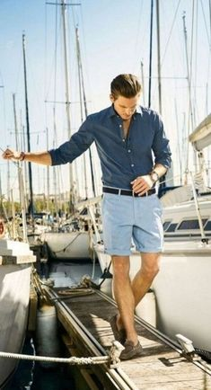 Looking for amazing summer outfit ideas for men Check out these casual, yet stylish men's summer fashion looks. Vacation Outfits, Summer Outfits, Vacation Style, Party Outfits, College Outfits, Stylish Men, Men Casual, Smart Casual, Casual Wear