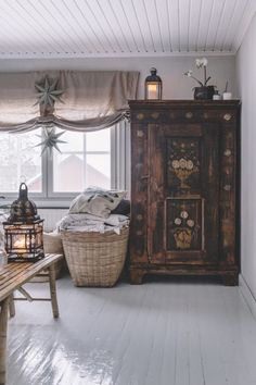 Interior Living Room Design Trends for 2019 - Interior Design Style At Home, Decorating Your Home, Interior Decorating, Minimal Home, House Rooms, Cozy House, Interior Design Living Room, Interior Inspiration, Farmhouse Decor
