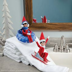 It will be Scout Elf Return Week™ before you know it, and your elf will be planning an impressive arrival in your home! The Scout Elves picked some pictures of their favorite arrivals to show you how your elf may choose to arrive this year. Christmas Elf, All Things Christmas, Christmas Countdown, Christmas Carol, Christmas 2019, Christmas Ideas, Christmas Decorations, Holiday Decor, Elves At Play
