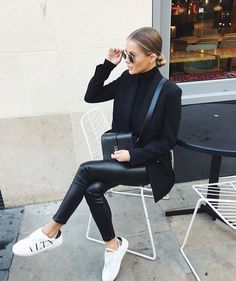 Teenage Autumn Street Style Outfits To Inspire You - Damen Mode 2019 Street Style Outfits, Mode Outfits, Fall Outfits, Casual Outfits, Women's Casual, Black Outfits, Classy Outfits, Summer Outfits, Jean Outfits