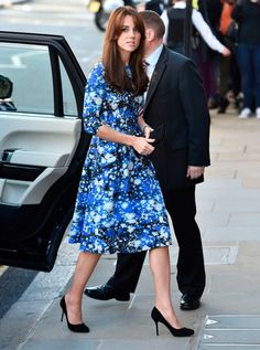 The Duchess stuns at BAFTA charity event