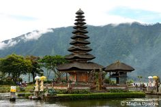 Ulun Danu - Bali Places Ive Been, Bali, House Styles, Travel, Home Decor, Voyage, Homemade Home Decor, Viajes, Traveling