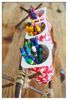 crayon caddy from yoghurt pots :) tutorial