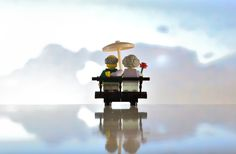 Do you see epic things in tiny packages? Not a believer in 'bigger is better'? You're not the only one, and a new artist is making a point to put our large world on a completely different scale…with Legos of course. French photographer Samsofy, used to photograph sports in urban areas, but he simply couldn't …