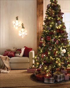 Love the farm rustic-chic for décor? Check out Walmart for all of your holiday inspo and decorating needs. Love the farm rustic-chic for décor? Check out Walmart for all of your holiday inspo and decorating needs. Farmhouse Christmas Decor, Rustic Christmas, Christmas Home, White Christmas, Christmas Staircase, Traditional Christmas Decor, Christmas Tree Outside, Canada Christmas, Country Christmas Trees