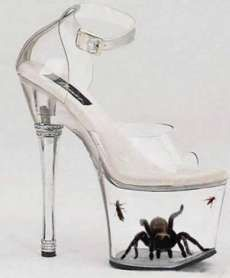 Somethin Odd: 30 World Most Bizarre Shoes Ever l Strange and Weird Shoes Zapatos Shoes, Shoes Heels, Louboutin Shoes, Christian Louboutin, Weird Fashion, Fashion Shoes, Fashion Models, High Fashion, Fashion 2018