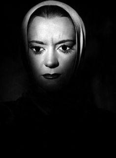 Maria Casaresas Death inOrpheus(1950, dir. Jean Cocteau)
