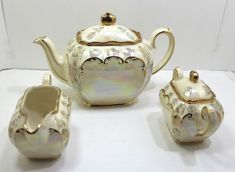 Sadler 2558 Rare Pearl Pink Luster Vintage Stunning Cube Tea Pot Cream & Sugar #Sadler #Victorian Cream And Sugar, China Dinnerware, Luster, Pink Roses, Tea Pots, Cube, Vintage Items, Victorian, Pottery