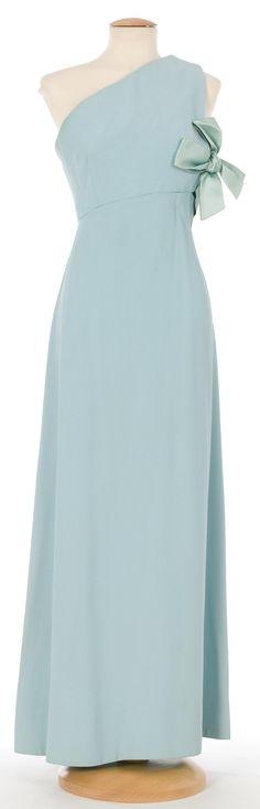Evening Dress, Santa Eulalia: ca. 1967, Spanish, crepe, silk ribbons.