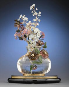 After Faberge issued his first flowers the fashion to collect them spread around, especially at the courts of Edward VII of England (due to his wife Alexandra) and Nikolay II (due to his wife Alix).