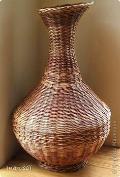 Поделка изделие День рождения Плетение Напольная ваза Бумага газетная фото 1