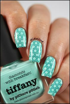 piCture pOlish - Tiffany stamped with Bundle Monster BM-422 and St George by A England. #nails #nailpolish #polish #picturepolish #swatch #tiffany #stamping #bundlemonster #bm422 #aengland #stgeorge #didoline #didolinesnails @Cristie Black Engelage pOlish @Suzanne Stowers Monster