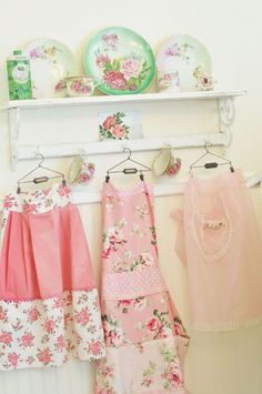 Creative Ways To Display A Vintage Apron Collection