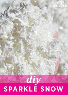Christmas in the summer anybody? DIY Sparkle Snow - This quick and easy recipe makes the lighest, fluffiest sparkle snow. It easily compacts to make snowballs and snowmen! Noel Christmas, Christmas Crafts For Kids, Christmas Activities, Christmas Projects, Winter Christmas, All Things Christmas, Holiday Crafts, Holiday Fun, Christmas Gifts