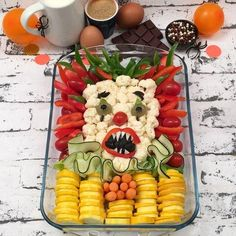 Halloween Food For Party, Halloween 2020, Halloween Decorations, Halloween Office, Creepy Halloween Food, Halloween College, Halloween City, Halloween Couples, Halloween Horror