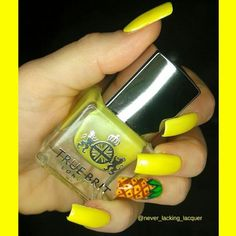 Hello lovelies!  I hope you like these #nailstorminginspired  #pineapplenails as requested by lovely @asevenxluvsxe ! I used @truebritlondon Golly Gosh and Stiff Upper Lip and acrylic paint for the details then topped with @truebritlondon Gloss Top Coat! You can use my code NLL10 for 10% off all polish at http://ift.tt/1MLY5Wx   Have a lovely day!!!   #truebritlondon #badgirlfeatures #neon #nails2inspire #nails #notd #nailpromote #nailswag #nailitdaily #craftyfingers #simplynotlogical…