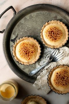 Lemon Crème Brulée Tartlets | Somewhere over the Kitchen