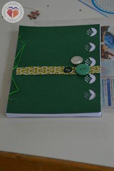 selbstgemachtes Notizbuch mit japanischer Bindung #Buchbinden #Notizbuch #japanischeBindung #Geschenk #Stempeln #doityourself #diy #handgemacht #handmade  http://www.kreativesbuchbinden.at/notizblock-lp/