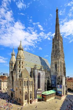 Wien - Stephansdom - Vienna - Wikipedia, the free encyclopedia Europe Centrale, Gothic Buildings, Austria Travel, Visit Austria, Church Architecture, Cathedral Church, Gothic Cathedral, Chapelle, Fresco