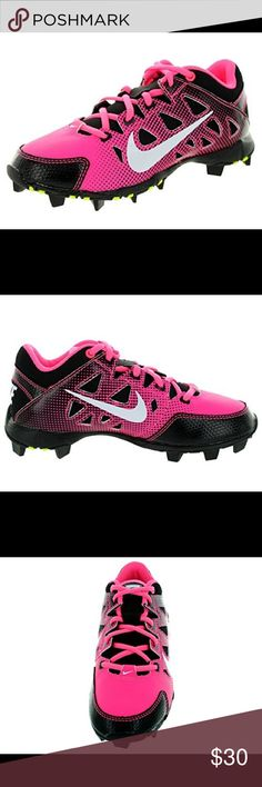 Nike Hyperdiamond GS Girls Softball Cleats Pink Hyperdiamond Keystone is ideal if you're a young softball player who's looking for a supportive, versatile, low-cut cleat for all conditions.  Upper: Synthetic-leather upper with overlays throughout for lightweight durability and support.  Outsole: Solid rubber outsole featuring FastFlex technology.  Midsole: Full-length Phylon midsole for lightweight cushioning and comfort.   684681-600  Color: Digital Pink/ White-Black Nike Shoes Sneakers