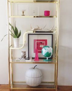 **SOLD**Who needs some delightfully tacky brass & glass in their lives?! This is an 80's does #midcenturymodern Etagere and is NOT real brass. But it is however on trend and will go with a ton of decor styles. Available now as I don't have any markets for a few weeks. $150. ✨💕✨#yeg #shopyeg #edmonton #780 #vintage #brass #etagere #localyeg #yeggers #yegstyle #vintagecaravan #vintagetrailer #mobilebusiness #popupshop #mobileshop #vintagestore #midcenturymodern #shabbychic #vintageseller #yeg…