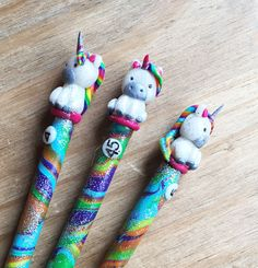 UNICORN ERGONOMIC HOOK - handmade polymer clay crochet hook, custom made to order. by Fortheloveofyarnuk on Etsy