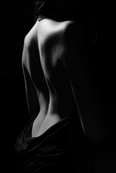 #nakedbutcovered #back #womanbeauty