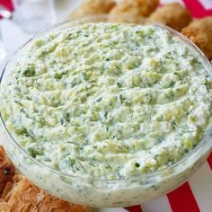 Recipe for a salad you should definitely try, especially in the summer Food Court, Iftar, Homemade Beauty Products, Hummus, Macaroni And Cheese, Food And Drink, Nutrition, Favorite Recipes, Baking