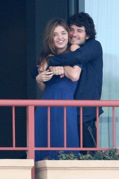 25 Photos Of Miranda Kerr And Orlando Bloom That Will Make You Sad They've Broken Up... The last one pretty much summed it up..