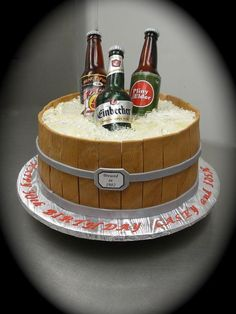 Sugar Beer Bottle Cake This cake was quite the learning experience.but a lot of fun to make! Thank you to all fellow CC sugar artists. Beer Bottle Cake, Beer Bottles, Fondant Cakes, Cupcake Cakes, Corona Cake, Dad Cake, 21st Cake, Birthday Cakes For Men, Occasion Cakes
