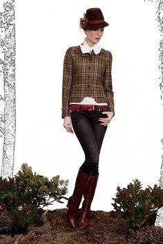 Elegant blazer and hat by Amsel. http://amsel-fashion.de/index.html