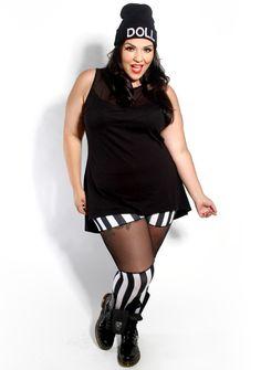 Domino Dollhouse - Plus Size Clothing: Over the Knee Leggings in Black/White Stripe