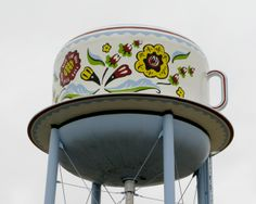 The World's Biggest Teacup - Stanton, Iowa.  Image: Don3rdSE - Flickr