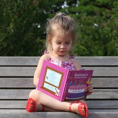 These personalized books from @Iseemebooks make the perfect birthday gift!