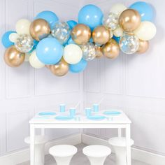 Are you interested in our baby blue balloon clouds? With our baby shower balloon cloud decoration you do not need to look any further. Balloon Clouds, Bubblegum Balloons, Mini Balloons, Blue Balloons, Baby Shower Balloons, Balloon Garland, Balloon Arch, Balloon Decorations, Baby Shower Decorations