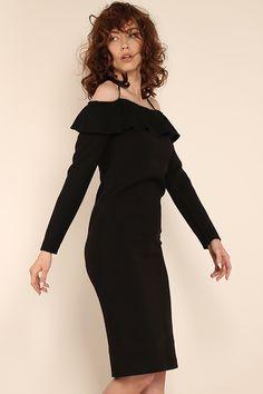 #furelle #furellefashion #furellestyle #furellefashion #blackdress #lookoftheday #individualstyle #mojamoda #takaja #newin #scc #fashion #style #elegantdress #today #newin #fashion Elle Fashion, Cold Shoulder Dress, Fur, Colours, Dresses, Style, Vestidos, Swag, Dress