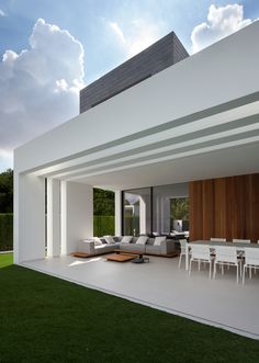 Beautiful architecture and photography Gallery of House in La Cañada / Antonio Altarriba Comes - 6 Canada House, Dream House Exterior, Best Interior Design, Modern House Design, Modern House Facades, Exterior Design, Future House, Interior Architecture, Beautiful Architecture