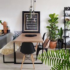 Combination of bench and chairs Kitchen Dinning, Dinning Table, Home Crafts, Diy Home Decor, Dinner Room, Home And Deco, Room Inspiration, Living Room Decor, Sweet Home