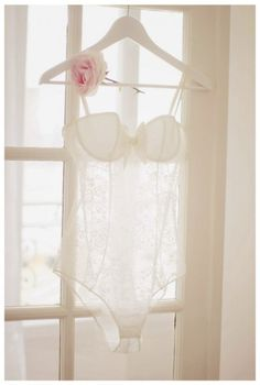Hear those wedding bells? They're coming soon, so don't forget about your <3 bridal bras <3 for underneath your gorgeous gown! Check out brayola.com's top 5 picks that made it as our faves :)  http://blog.brayola.com/5-bras-to-add-to-your-wedding-style/