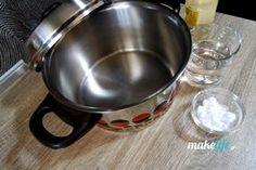 Μην πετάξετε την καμμένη κατσαρόλα. Αστράψτε την Kitchen Aid Mixer, Kitchen Appliances, Homemade Detergent, Tips & Tricks, Holidays And Events, Housekeeping, Clean House, Diy Bedroom Decor, Cleaning Hacks