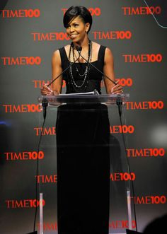 Pin for Later: The 28 Most Magnificent Gowns Michelle Obama Wore While in the White House Wearing Michael Kors at Time's 100 Most Influential People in the World dinner. Michelle E Barack Obama, Barack Obama Family, Michelle Obama Fashion, Obamas Family, American First Ladies, Best Gowns, First Black President, Black Presidents, Lace Dresses
