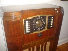 ZENITH RESTORED BY RADIO DAYS