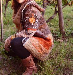 Wolle und Winter gehören zusammen Long Cardigan, Mantel oder Longjacke, in zwei Ausführungen - perfekt für kalte Tage in jeder Jahreszeit Der dicke Mantel lässt sich zu jedem Altagslook kombinieren Verbrauch und Material: 1200 - 1500 g Wolle, Wollmis