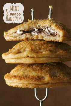 S'mores lovers will LOVE these little pies!